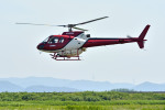 Gambardierさんが、岡南飛行場で撮影したエス・ジー・シー佐賀航空 AS350B Ecureuilの航空フォト(写真)