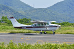 Gambardierさんが、岡南飛行場で撮影した朝日航空 TU206G Turbo Stationair 6の航空フォト(写真)