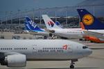toyoquitoさんが、関西国際空港で撮影したアシアナ航空 777-28E/ERの航空フォト(写真)