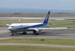 国府宮さんが、関西国際空港で撮影した全日空 767-381/ERの航空フォト(写真)