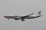MA~RUさんが、成田国際空港で撮影した中国東方航空 A330-243の航空フォト(写真)