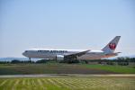 なないろさんが、旭川空港で撮影した日本航空 767-346の航空フォト(写真)