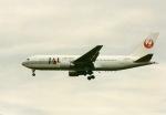 アオアシシギさんが、成田国際空港で撮影した日本航空 767-246の航空フォト(写真)