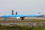 YASKYさんが、成田国際空港で撮影したKLMオランダ航空 777-306/ERの航空フォト(写真)