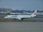 O.TAKUMAさんが、伊丹空港で撮影したジェイ・エア ERJ-190-100(ERJ-190STD)の航空フォト(写真)