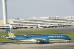 masa0420さんが、羽田空港で撮影したベトナム航空 A350-941XWBの航空フォト(写真)