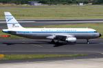 KAW-YGさんが、デュッセルドルフ国際空港で撮影したコンドル A320-212の航空フォト(写真)