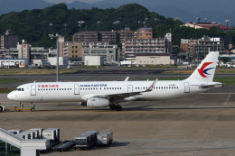 MOHICANさんが、福岡空港で撮影した中国東方航空 A321-231の航空フォト(写真)