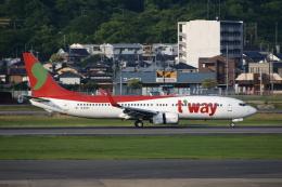 MOHICANさんが、福岡空港で撮影したティーウェイ航空 737-8BKの航空フォト(写真)