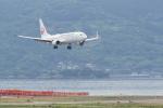 HEATHROWさんが、長崎空港で撮影した日本航空 737-846の航空フォト(写真)