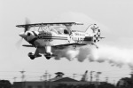 takamaruさんが、静浜飛行場で撮影したエアロック・エアロバティックチーム S-2B Specialの航空フォト(写真)