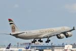 Orange linerさんが、成田国際空港で撮影したエティハド航空 A340-642Xの航空フォト(写真)