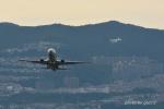 gucciyさんが、伊丹空港で撮影した全日空 737-881の航空フォト(写真)