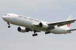 mktさんが、伊丹空港で撮影した日本航空 767-346/ERの航空フォト(写真)