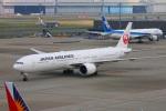 zero1さんが、羽田空港で撮影した日本航空 777-346/ERの航空フォト(写真)