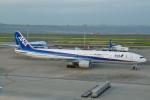 Bluewingさんが、羽田空港で撮影した全日空 777-381の航空フォト(写真)