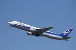 カンクンさんが、福岡空港で撮影した全日空 767-381の航空フォト(写真)