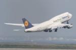 サリーちゃんのパパさんが、羽田空港で撮影したルフトハンザドイツ航空 747-830の航空フォト(写真)