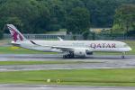 Tomo-Papaさんが、シンガポール・チャンギ国際空港で撮影したカタール航空 A350-941XWBの航空フォト(写真)