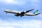 まいけるさんが、スワンナプーム国際空港で撮影したマーハーン航空 A340-642の航空フォト(写真)