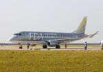 PGM200さんが、神戸空港で撮影したフジドリームエアラインズ ERJ-170-200 (ERJ-175STD)の航空フォト(写真)