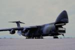 チャーリーマイクさんが、岩国空港で撮影したアメリカ空軍 C-5A Galaxyの航空フォト(写真)