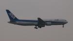 SVMさんが、羽田空港で撮影した全日空 767-381の航空フォト(写真)