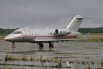 北の熊さんが、新千歳空港で撮影したビスタジェット CL-600-2B16 Challenger 605の航空フォト(写真)