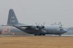 banshee02さんが、厚木飛行場で撮影したアメリカ海軍 C-130T Herculesの航空フォト(写真)