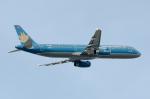 ぎんじろーさんが、成田国際空港で撮影したベトナム航空 A321-231の航空フォト(写真)