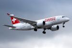 KAW-YGさんが、ロンドン・ヒースロー空港で撮影したスイスインターナショナルエアラインズ BD-500-1A10 CSeries CS100の航空フォト(写真)