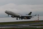 ガス屋のヨッシーさんが、関西国際空港で撮影したUPS航空 MD-11Fの航空フォト(写真)