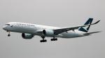 誘喜さんが、香港国際空港で撮影したキャセイパシフィック航空 A350-941XWBの航空フォト(写真)