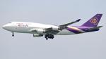 誘喜さんが、香港国際空港で撮影したタイ国際航空 747-4D7の航空フォト(写真)