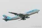 遠森一郎さんが、福岡空港で撮影した大韓航空 747-4B5の航空フォト(写真)
