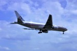 yoshibouさんが、成田国際空港で撮影したアメリカン航空 777-223/ERの航空フォト(写真)