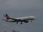 セッキーさんが、成田国際空港で撮影したデルタ航空 757-26Dの航空フォト(写真)