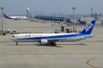 せせらぎさんが、中部国際空港で撮影した全日空 767-381の航空フォト(写真)