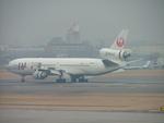 はみんぐばーどさんが、名古屋飛行場で撮影した日本航空 MD-11の航空フォト(写真)
