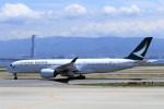 にしやんさんが、関西国際空港で撮影したキャセイパシフィック航空 A350-941XWBの航空フォト(写真)