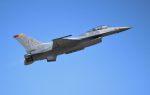 こびとさんさんが、岩国空港で撮影したアメリカ空軍 F-16CM-50-CF Fighting Falconの航空フォト(写真)