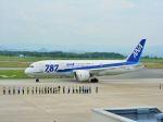 ナナオさんが、米子空港で撮影した全日空 787-8 Dreamlinerの航空フォト(写真)