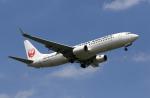 MOHICANさんが、福岡空港で撮影した日本航空 737-846の航空フォト(写真)