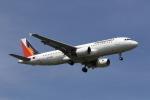 MOHICANさんが、福岡空港で撮影したフィリピン航空 A320-214の航空フォト(写真)