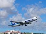 ノリださんが、宮古空港で撮影した全日空 767-381の航空フォト(写真)