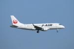 ceskykrumlovさんが、羽田空港で撮影したジェイ・エア ERJ-170-100 (ERJ-170STD)の航空フォト(写真)