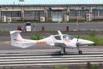 takaRJNSさんが、調布飛行場で撮影した日本法人所有 DA42 TwinStarの航空フォト(写真)