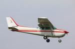 takaRJNSさんが、調布飛行場で撮影した朝日航空 172P Skyhawk IIの航空フォト(写真)