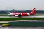 まいけるさんが、タンソンニャット国際空港で撮影したエアアジア A320-216の航空フォト(写真)