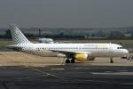 ウッディーさんが、レオナルド・ダ・ヴィンチ国際空港で撮影したブエリング航空 A320-214の航空フォト(写真)
